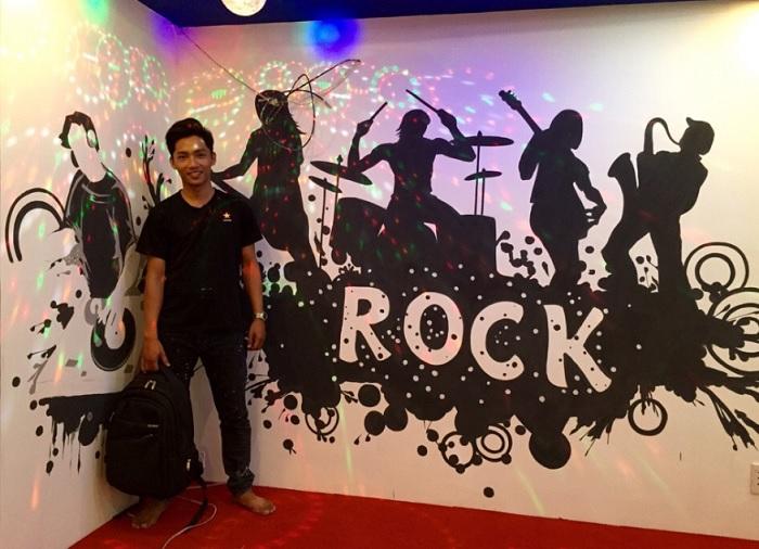 vẽ tranh tường karaoke